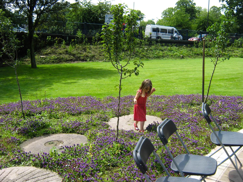 Landscape gardeners in york yorskapes for Garden design york uk